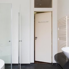 Отель Marnix Modern: Supercentral 8P Нидерланды, Амстердам - отзывы, цены и фото номеров - забронировать отель Marnix Modern: Supercentral 8P онлайн ванная фото 2