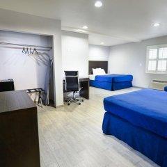 Отель Hollywood Inn Express LAX 2* Стандартный номер с различными типами кроватей фото 14