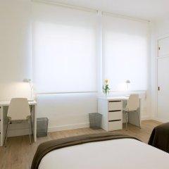 Отель NeoMagna Madrid 2* Улучшенный номер с различными типами кроватей фото 14