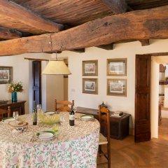 Отель Villa della Genga Country Houses Сполето комната для гостей фото 4