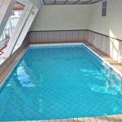 Savoy Hotel Frankfurt бассейн