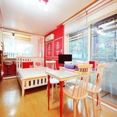 Отель Han River Guesthouse 2* Семейная студия с двуспальной кроватью фото 9