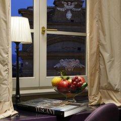 Отель San Firenze Suites & Spa 4* Номер Делюкс фото 5