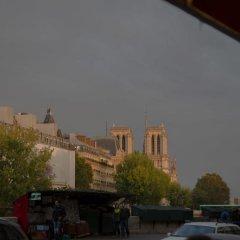 Отель Duplex vue Seine quai des grands Augustins парковка