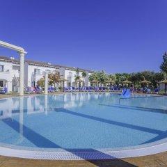 Отель Seaclub Mediterranean Resort бассейн