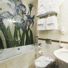 Гостиница Ирис арт Отель Украина, Харьков - отзывы, цены и фото номеров - забронировать гостиницу Ирис арт Отель онлайн ванная