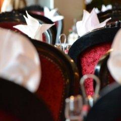 Отель Regent Beach Resort ОАЭ, Дубай - 10 отзывов об отеле, цены и фото номеров - забронировать отель Regent Beach Resort онлайн гостиничный бар
