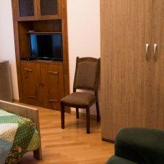 Отель Arta Грузия, Тбилиси - отзывы, цены и фото номеров - забронировать отель Arta онлайн удобства в номере фото 2