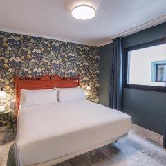 Отель Petit Palace Puerta de Triana 3* Небольшой двухместный номер с двуспальной кроватью фото 3