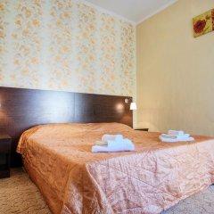 Гостиница Континент 2* Стандартный семейный номер с разными типами кроватей фото 7