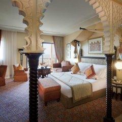 Отель Jumeirah Al Qasr - Madinat Jumeirah 5* Улучшенный номер с различными типами кроватей фото 2