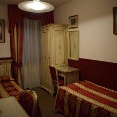 Отель Albergo Basilea 3* Стандартный номер фото 2