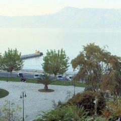 Отель Konstantinoupolis Hotel Греция, Корфу - отзывы, цены и фото номеров - забронировать отель Konstantinoupolis Hotel онлайн приотельная территория фото 2