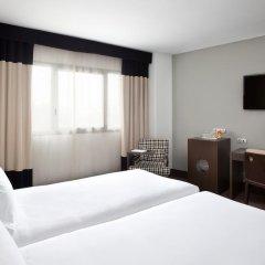 Отель NH Madrid Sur 3* Стандартный номер с различными типами кроватей фото 3