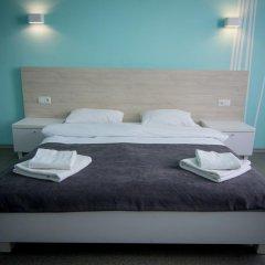 Гостиница Волна 3* Стандартный семейный номер с разными типами кроватей