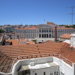 Апартаменты Lisbon Friends Apartments São Bento Лиссабон приотельная территория