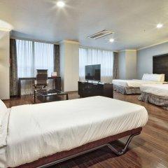 Ramada Hotel and Suites Seoul Namdaemun 4* Стандартный семейный номер с двуспальной кроватью фото 3