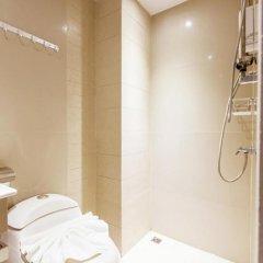 Отель D Day Suite Mengjai ванная фото 2