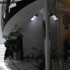 Отель Design Guest House Harizma Болгария, Сливен - отзывы, цены и фото номеров - забронировать отель Design Guest House Harizma онлайн интерьер отеля фото 2