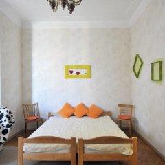 Ester President Hostel Стандартный номер с 2 отдельными кроватями (общая ванная комната) фото 15