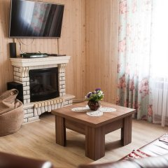Гостиница Holiday home Emelya в Костроме 1 отзыв об отеле, цены и фото номеров - забронировать гостиницу Holiday home Emelya онлайн Кострома комната для гостей фото 2