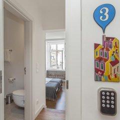Отель Lisbon Old Town Guest House 3* Люкс с различными типами кроватей фото 27