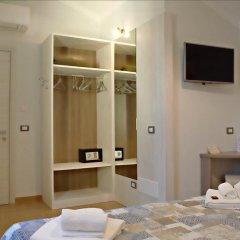 Villaggio Antiche Terre Hotel & Relax Пиньоне сейф в номере