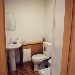 Гостиница Hostel №1 в Тюмени отзывы, цены и фото номеров - забронировать гостиницу Hostel №1 онлайн Тюмень ванная фото 2