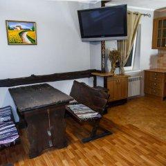 Гостиница Dniprovskiy Dvir в номере фото 2