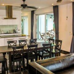 Отель GreenView Villa Phoenix Golf Club Pattaya Бангламунг в номере