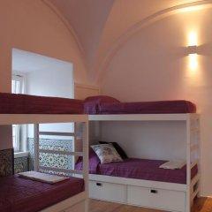 Lost Inn Lisbon Hostel Кровать в общем номере фото 11
