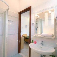 Hotel Kon Tiki Нумана ванная