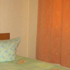 Гостиница База отдыха Искра в Анапе отзывы, цены и фото номеров - забронировать гостиницу База отдыха Искра онлайн Анапа комната для гостей фото 4