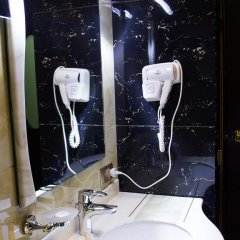 Отель Cron Palace Tbilisi 4* Стандартный номер фото 38