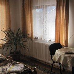 Отель Semerdzhievi Guest Rooms Болгария, Банско - отзывы, цены и фото номеров - забронировать отель Semerdzhievi Guest Rooms онлайн балкон
