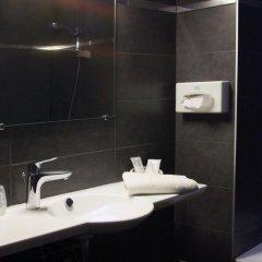 Отель Carlton 3* Улучшенный номер с различными типами кроватей фото 16