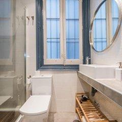 Отель Chic Rentals Ópera - Mesón de Paños Испания, Мадрид - отзывы, цены и фото номеров - забронировать отель Chic Rentals Ópera - Mesón de Paños онлайн ванная