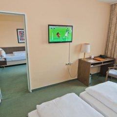 Hotel Astra 3* Стандартный номер с двуспальной кроватью фото 4