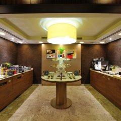 Отель Mercure Budapest City Center 4* Улучшенный номер с различными типами кроватей фото 11
