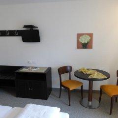 Отель Garni Weghueb Парчинес удобства в номере