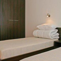 Апартаменты Grand Monastery Apartments комната для гостей