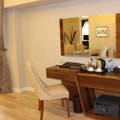 Отель Astoria Hotel Азербайджан, Баку - 6 отзывов об отеле, цены и фото номеров - забронировать отель Astoria Hotel онлайн сейф в номере