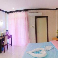 Отель B & L Guesthouse 3* Улучшенный номер с разными типами кроватей фото 31