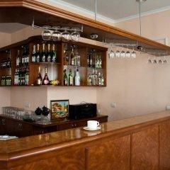 Отель Marinas Nams гостиничный бар