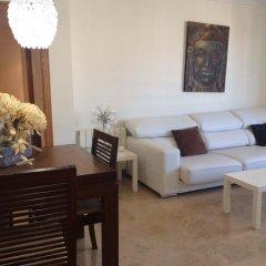 Отель Palau Reina Sofia Apartments Испания, Валенсия - отзывы, цены и фото номеров - забронировать отель Palau Reina Sofia Apartments онлайн комната для гостей фото 5