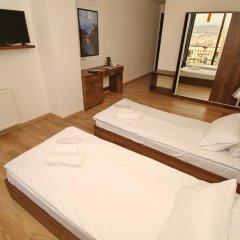 Отель Tbilisi View 3* Стандартный номер с 2 отдельными кроватями фото 2