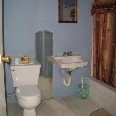 Отель Tina's Guest House 2* Стандартный номер с различными типами кроватей фото 37