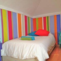 Отель Chill in Ericeira Surf House Кровать в общем номере с двухъярусной кроватью фото 2