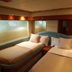 Отель Leigh Yacht Барселона комната для гостей фото 3