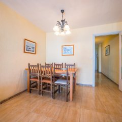 Отель Apartaments AR Borodin Испания, Льорет-де-Мар - отзывы, цены и фото номеров - забронировать отель Apartaments AR Borodin онлайн комната для гостей фото 2
